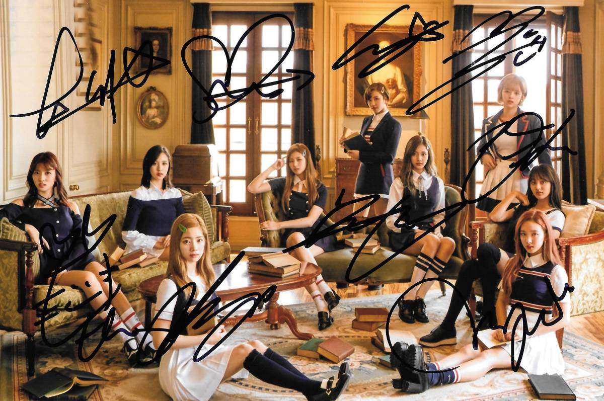 17.6★TWICE★「SIGNAL」 全員直筆サイン入り生写真 680 証明書付