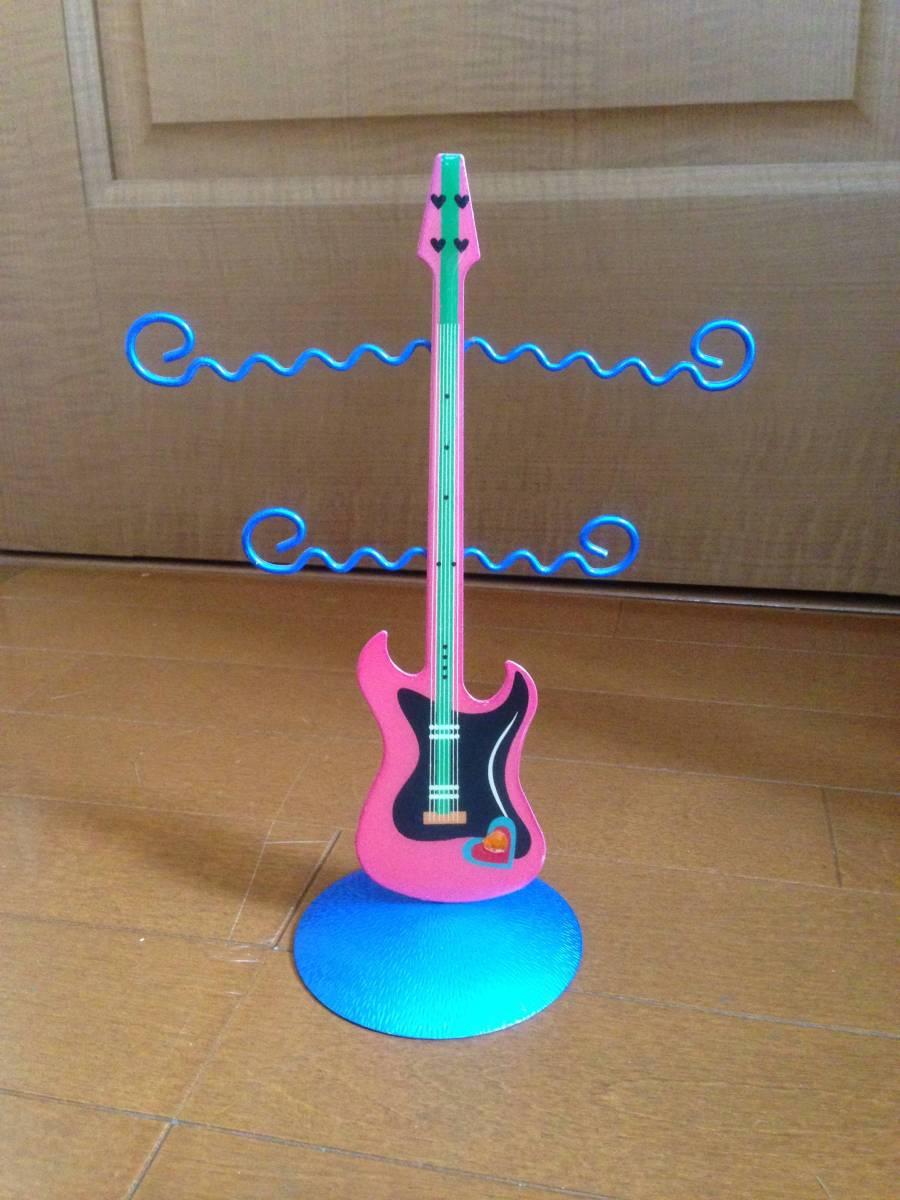 ギター型、卓上ディスプレイ飾り フェンダー ストラトキャスター タイプ