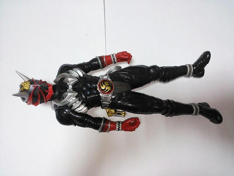 仮面ライダーシリーズ ソフビ 特撮 昔の物になりますので痛みがあります画像で確認お願いします送料700円 グッズの画像