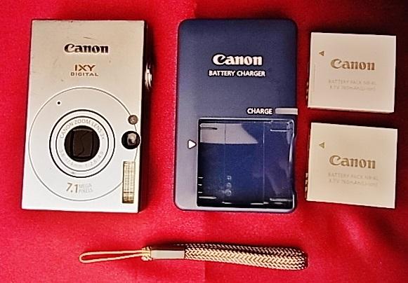 動作確認済 Canon キャノン デジタルカメラ IXY DIGITAL 10 シルバー 約710万画素