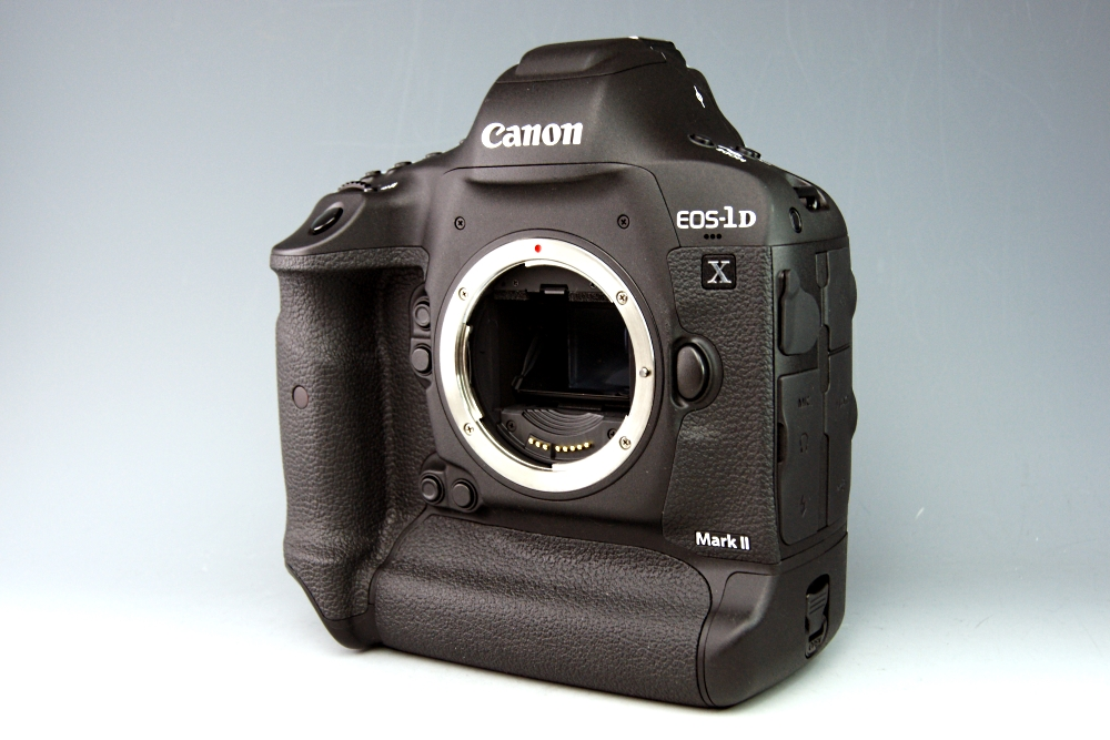 【美品・ショット数1,000以下】Canon キャノン EOS-1D X Mark Ⅱ☆元箱入