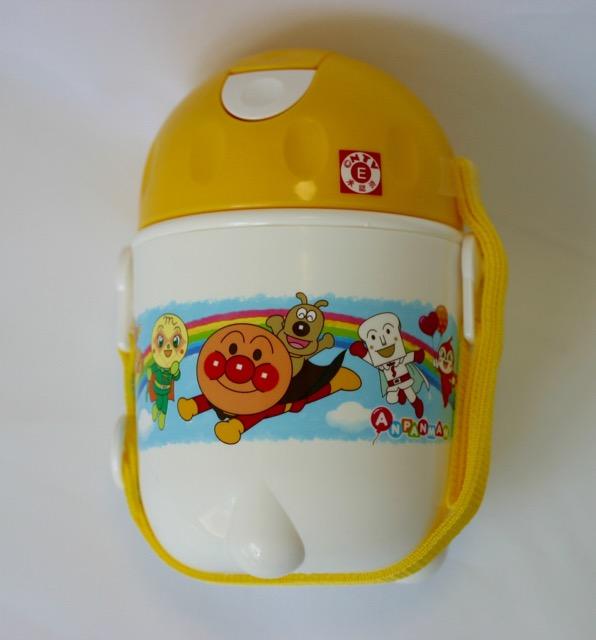 新品!レック アンパンマン ストロー付き水筒 480ml 未使用 子供