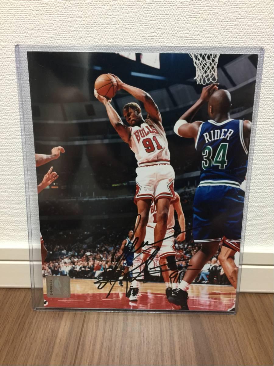 NBA デニスロッドマン サイン入りフォト 8×10インチ 証明書付き グッズの画像