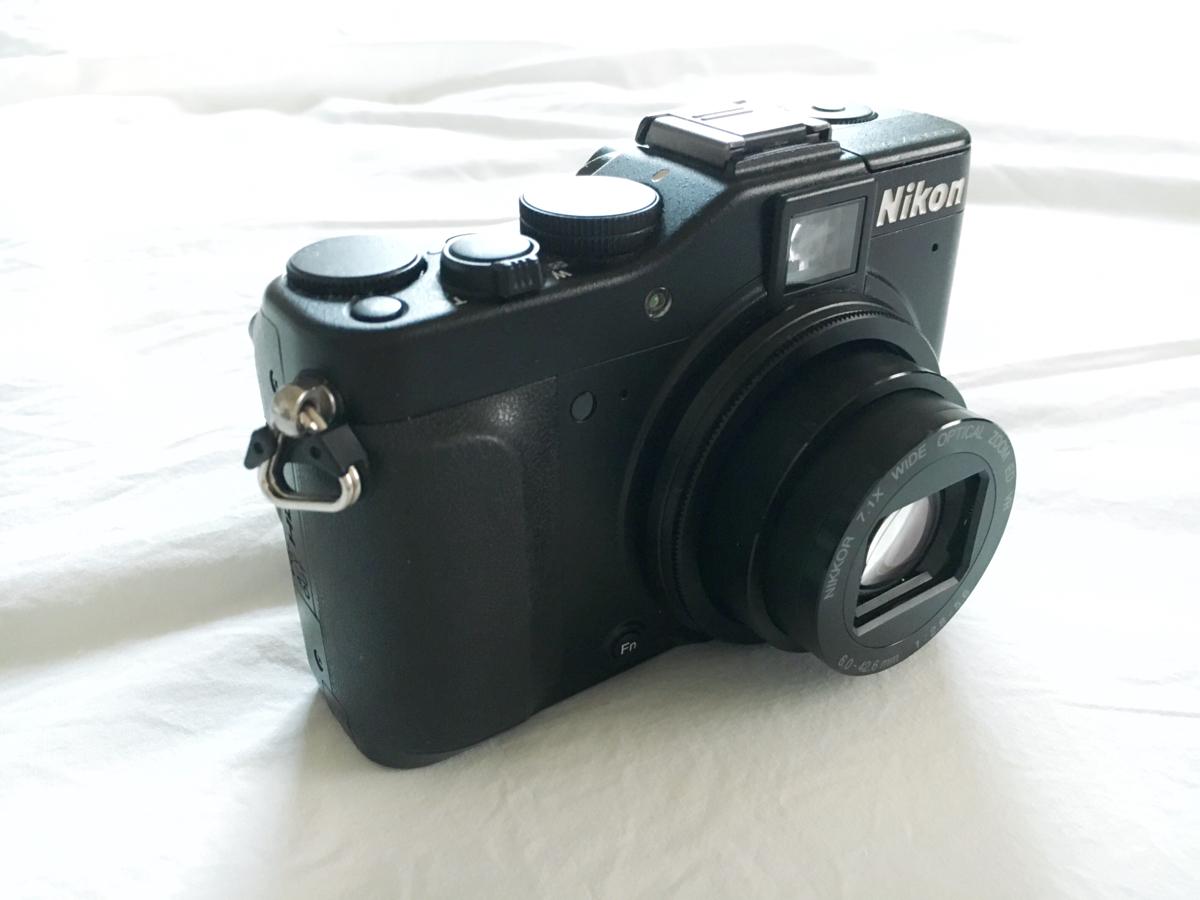 《中古美品》 Nikon COOLPIX P7000 コンパクトデジタルカメラ ブラック 1010万画素 光学7.1倍ズーム 広角28mm 3.0型液晶 1/1.7型CCD