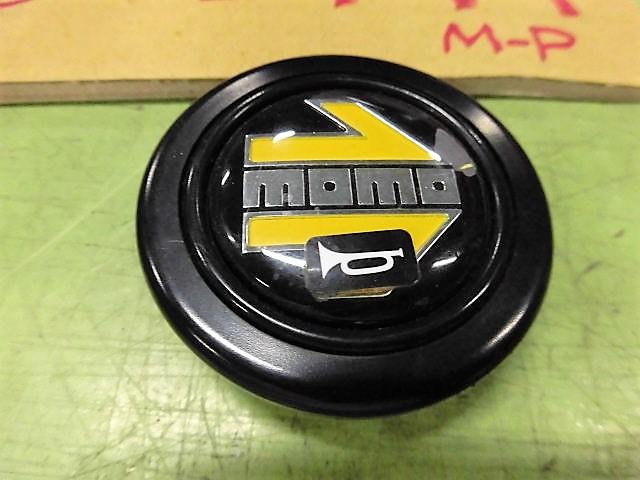 ◆NA8C ロードスター M-P 白 5F H9 従来のMOMOらしい色合いのホーンボタン 黒地◆