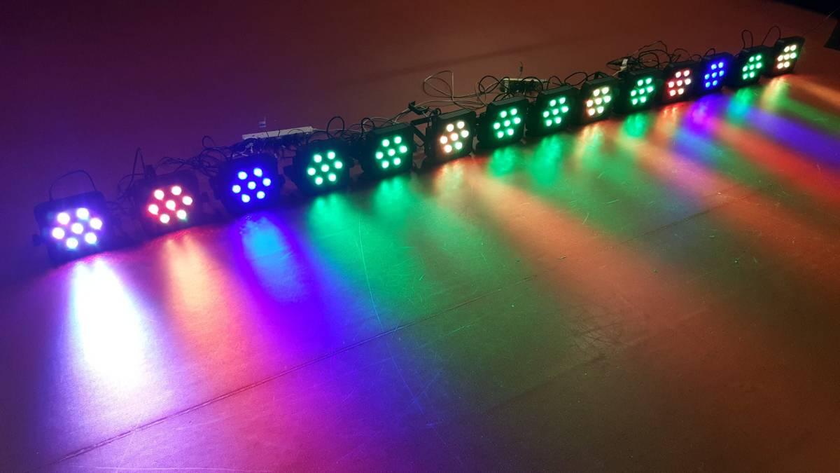 14台セット!即決なら送料無料!舞台照明 VERSIA(ACME)  パネル型 LED パーライト  LED-7TC  DMX 中古 1台辺り新品定価3万程度