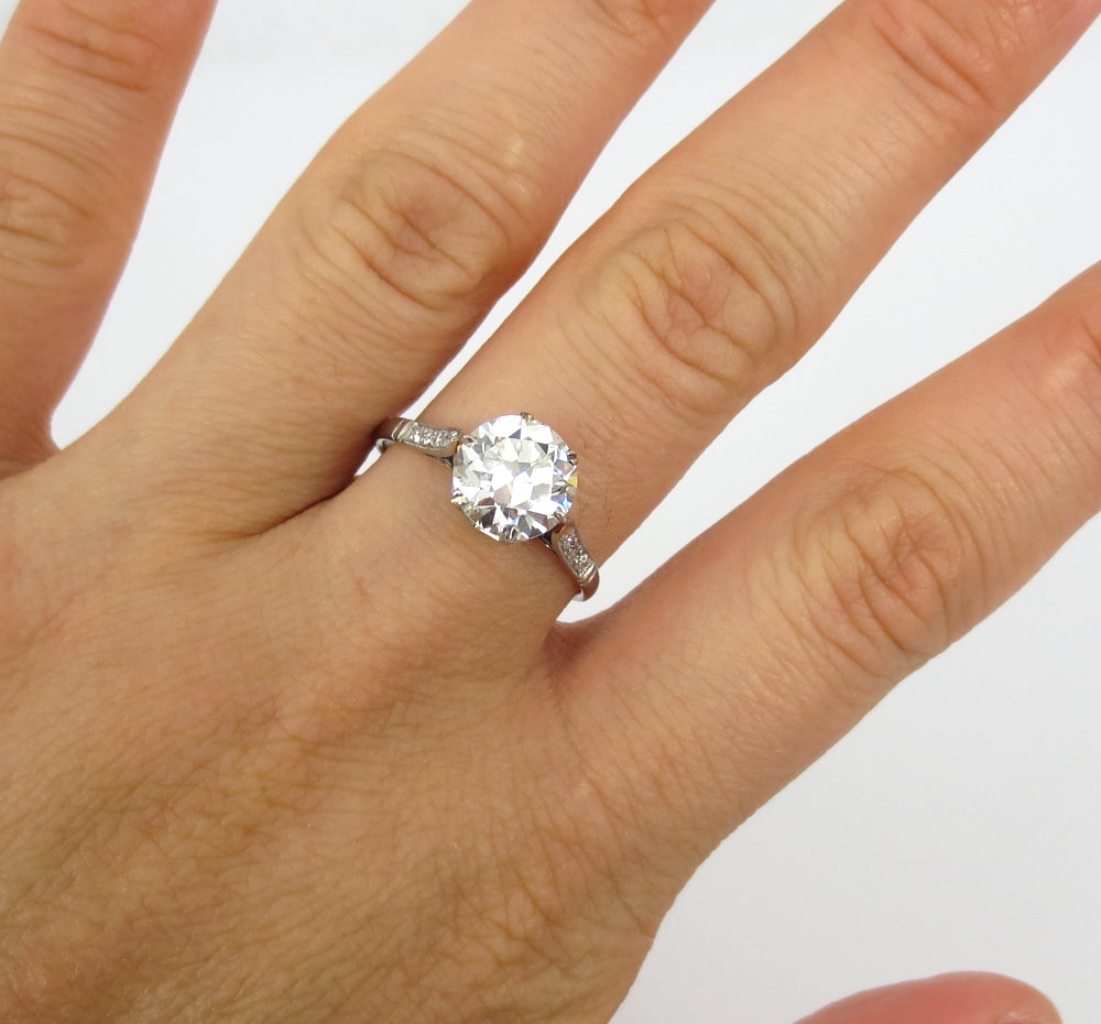 アンティーク《3ct ダイヤモンド・ヨーロピアンカット》プラチナ・リング指輪_画像3