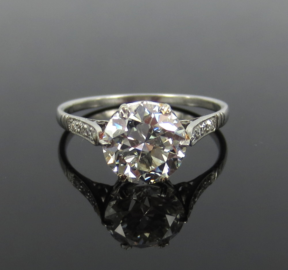 アンティーク《3ct ダイヤモンド・ヨーロピアンカット》プラチナ・リング指輪_画像1