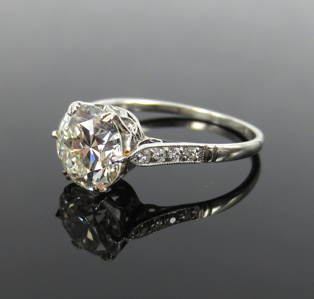 アンティーク《3ct ダイヤモンド・ヨーロピアンカット》プラチナ・リング指輪_画像2