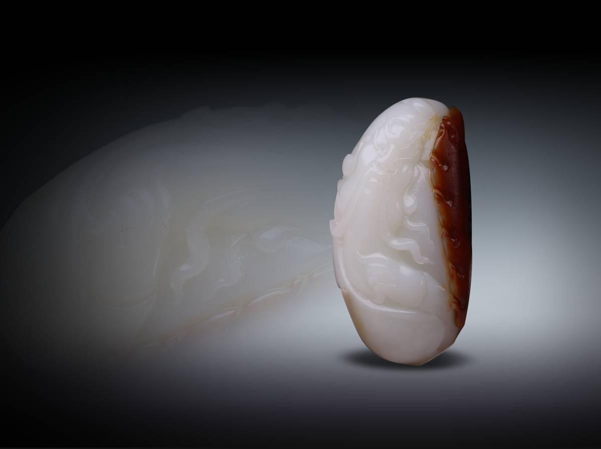 【1707Y75011】中国 清 和田玉仔料精彫 棗赤皮『関羽』開運玉器 根付 貴重 珍しい 古玩