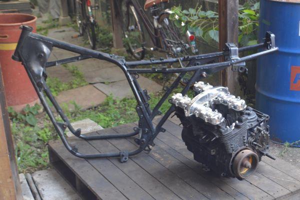 当時物 国内 Z400FX E4B 書類付き フレーム エンジン セット 部品取り 0001