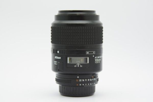 ■ Nikon ニコン AF MICRO NIKKOR 105mm F2.8D 単焦点レンズ マクロ ニコンFマウント ニッコール ジャンク品 送料無料