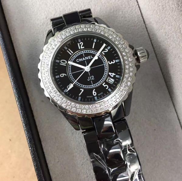 シャネル CHANEL J12 38MM 時計 腕時計 メンズ 自動巻 オートマチック デイト ブラック 黒 セラミック ラバー H0684