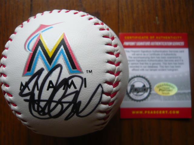 マイアミ・マーリンズ イチロー 直筆サイン入りボール 証明書付きA グッズの画像