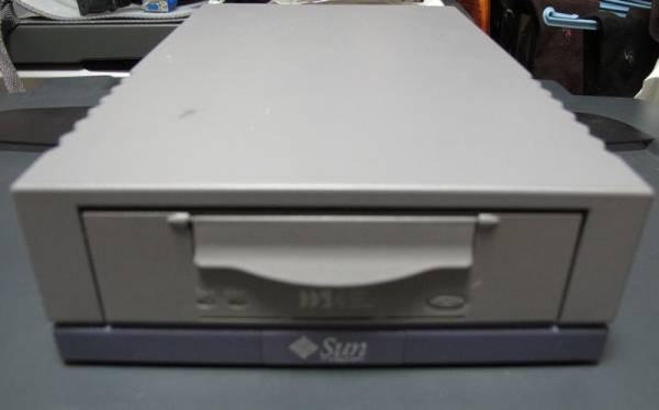 SUN DDS4 599-2350-01 外付けテープドライブ SCSI接続_画像1