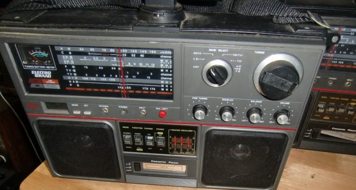 BCL&AIR オールバンドラジオ ジャンク 2台