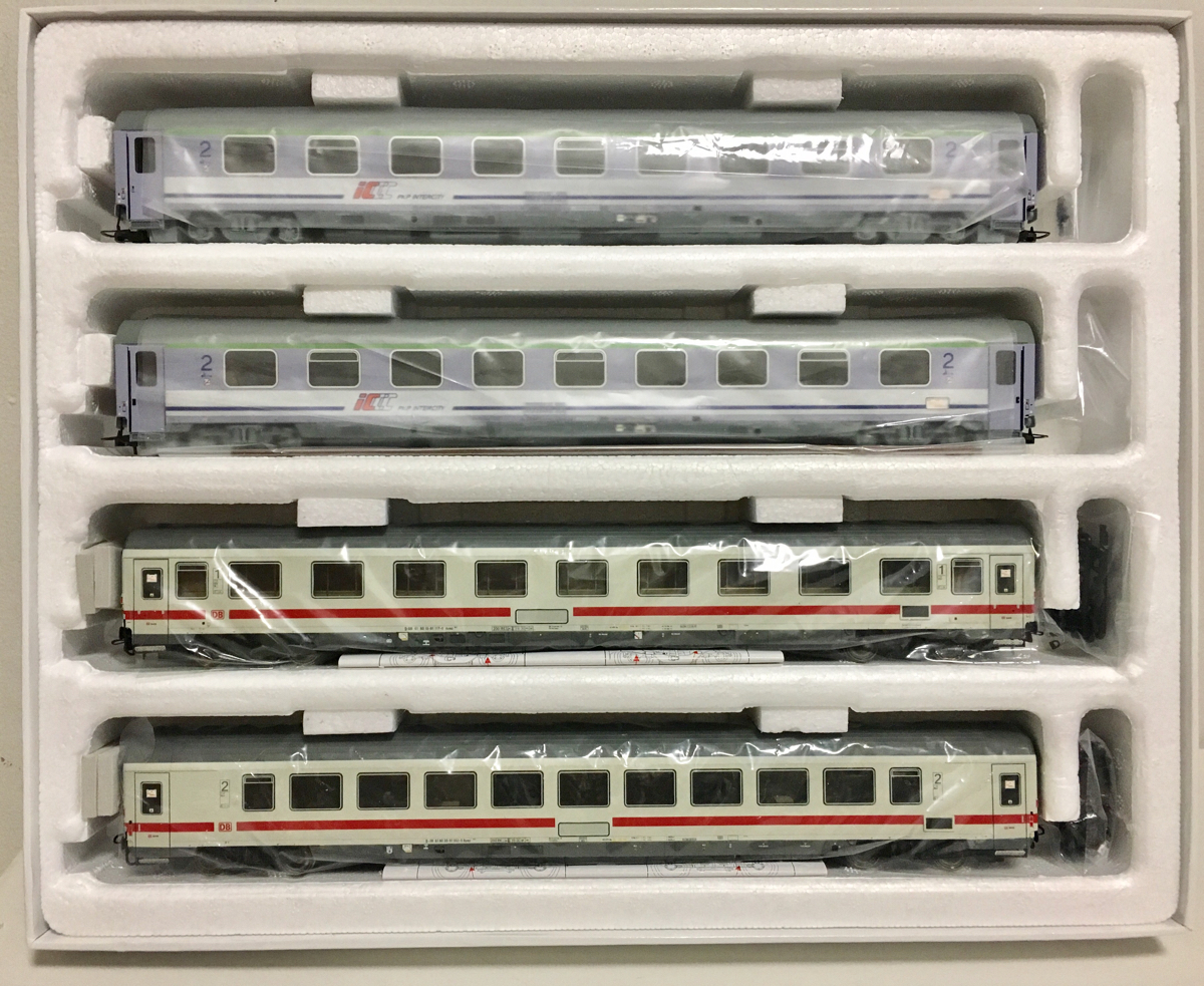 ACME55087 DB+PKP Eurocity「Wawel」セット 中古_画像3