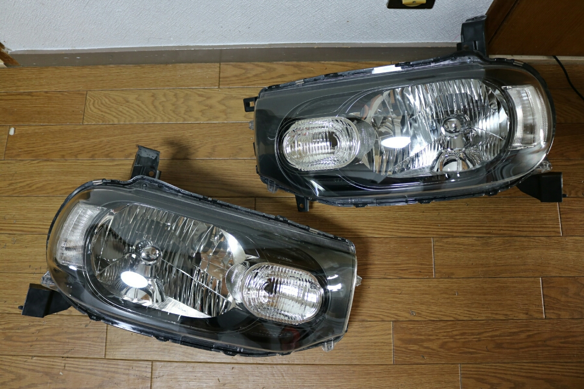 Z12 キューブ HiD 左右セット