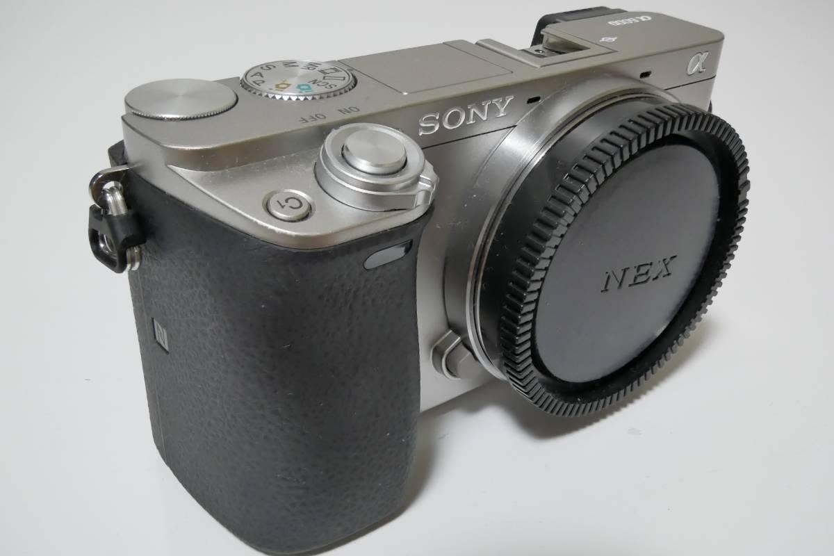 SONY ILCE-6000 α6000ボディ メーカー保証2018/4月まで 新品同様 未使用付属品多数_画像2