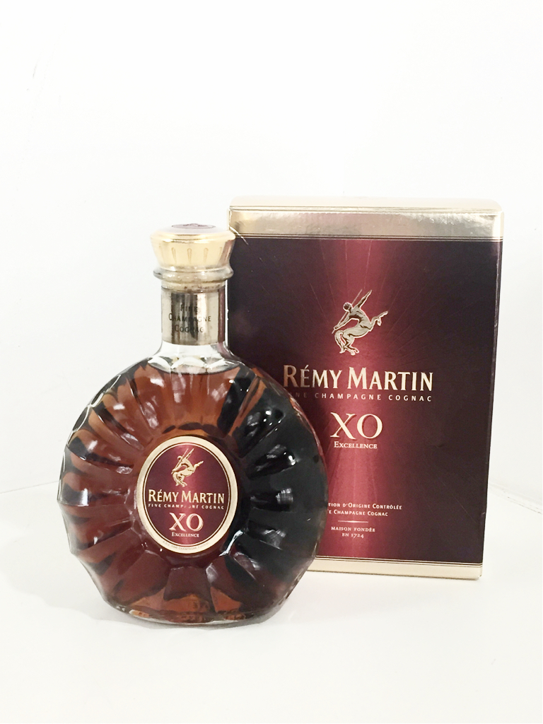 *送料無料*【未開栓】REMY MARTIN XO レミーマルタン 700ml アルコール 箱あり 921s5