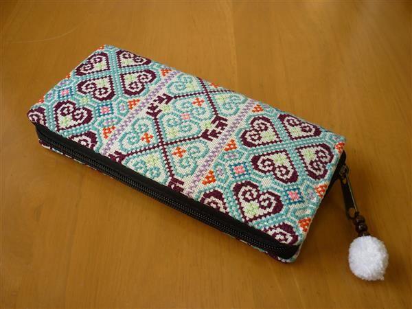 タイ、モン族など色々な刺繍の縦長財布(その67)_画像2