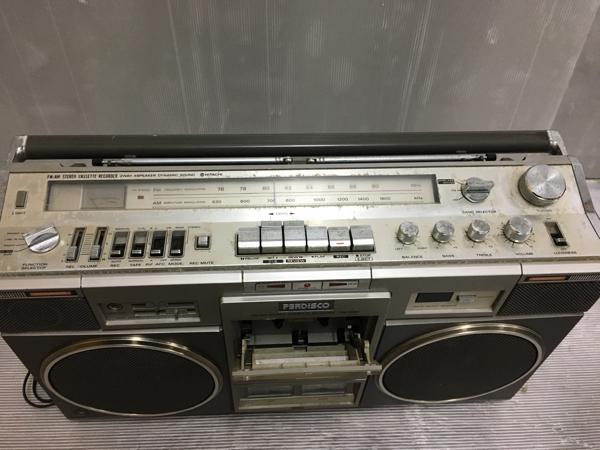 907-3 昭和レトロ 日立 パディスコ ラジカセ TRK-8280 ラジオOK 中古 ジャンク_画像2