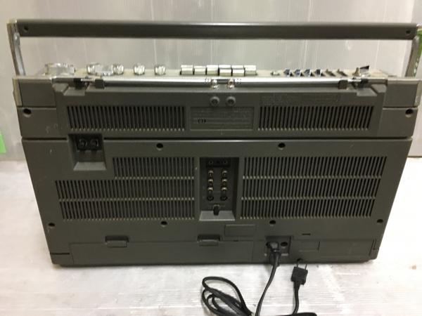 907-3 昭和レトロ 日立 パディスコ ラジカセ TRK-8280 ラジオOK 中古 ジャンク_画像3