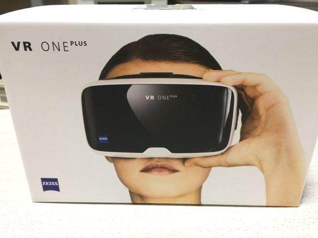 カールツァイス VRゴーグル【送料無料】Carl Zeiss VR ONE Plus 【新品】_画像2
