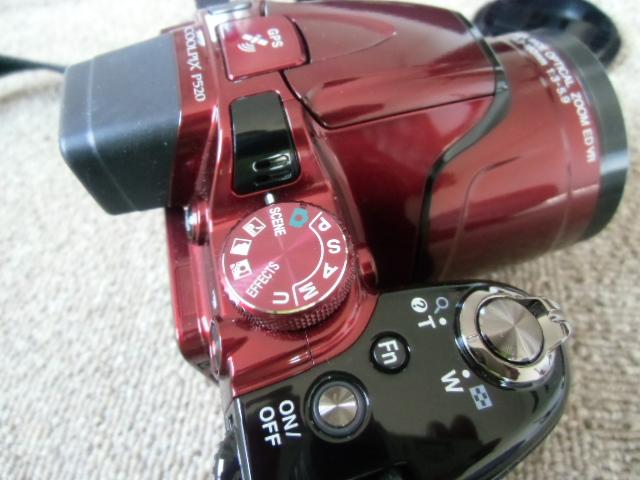 新品同様 Nikon COOLPIX P520 赤_画像3