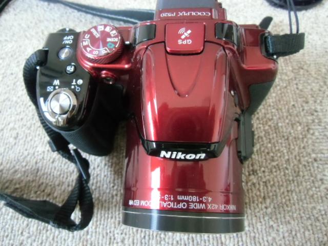 新品同様 Nikon COOLPIX P520 赤