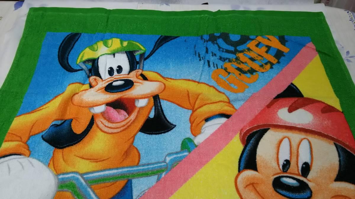 ディズニー ミッキー、グーフィー、ドナルド バスタオル 新品 未使用品 ディズニーグッズの画像