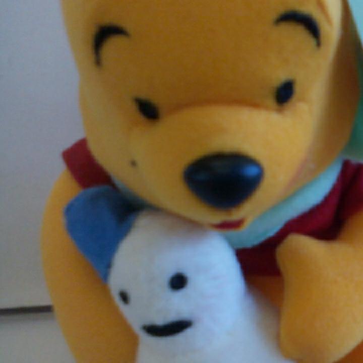 u314♪Disney くまのプーさん 雪ダルマ持ち ぬいぐるみ ディズニーグッズの画像