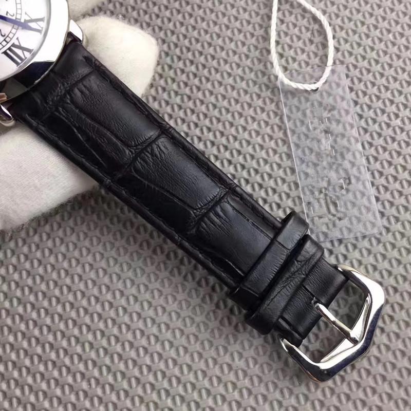 新品 Cartier 腕時計 男性用 ウォッチ_画像3