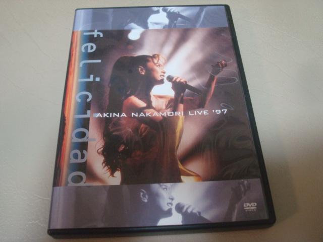 【送料無料・中古品】中森明菜 DVD AKINA NAKAMORI Live '97 felicidad ライブグッズの画像