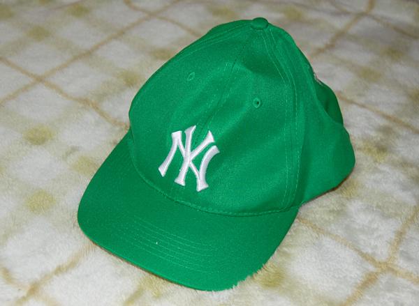 【未使用品】MLB★NYヤンキース 緑のキャップ グッズの画像