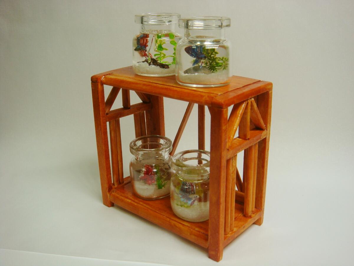 ミニチュア ベタ4種 小瓶アクアリウム 水槽台 _画像2