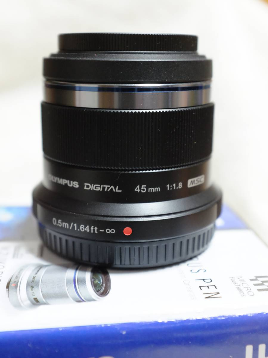 M.ZUIKO DIGITAL 45mm F1.8 (ブラック) 送料無料