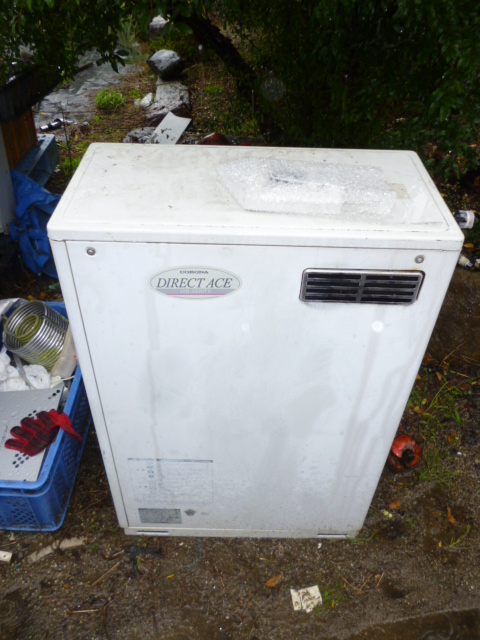 コロナ石油給湯器ボイラー 直圧 シャワー UIB-3320X 温水 減圧弁不要 ノーリツ OQB-3704Y同等