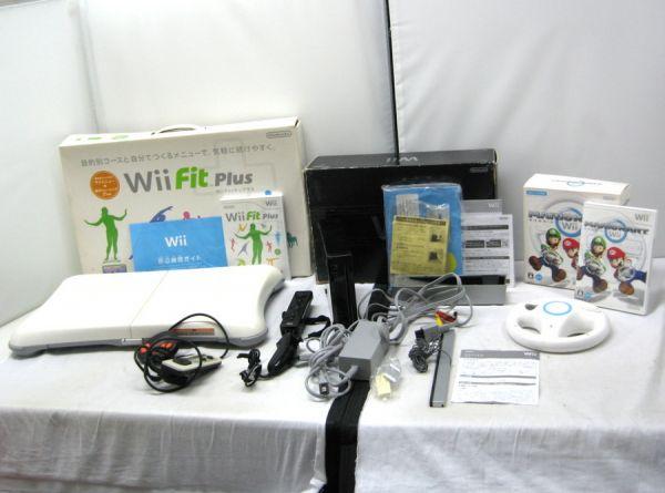 Ninteno 任天堂 wii RVL-001 黒 本体 ソフト2枚/ハンドル/wii Fit セット ジャンク 2TFT-015O
