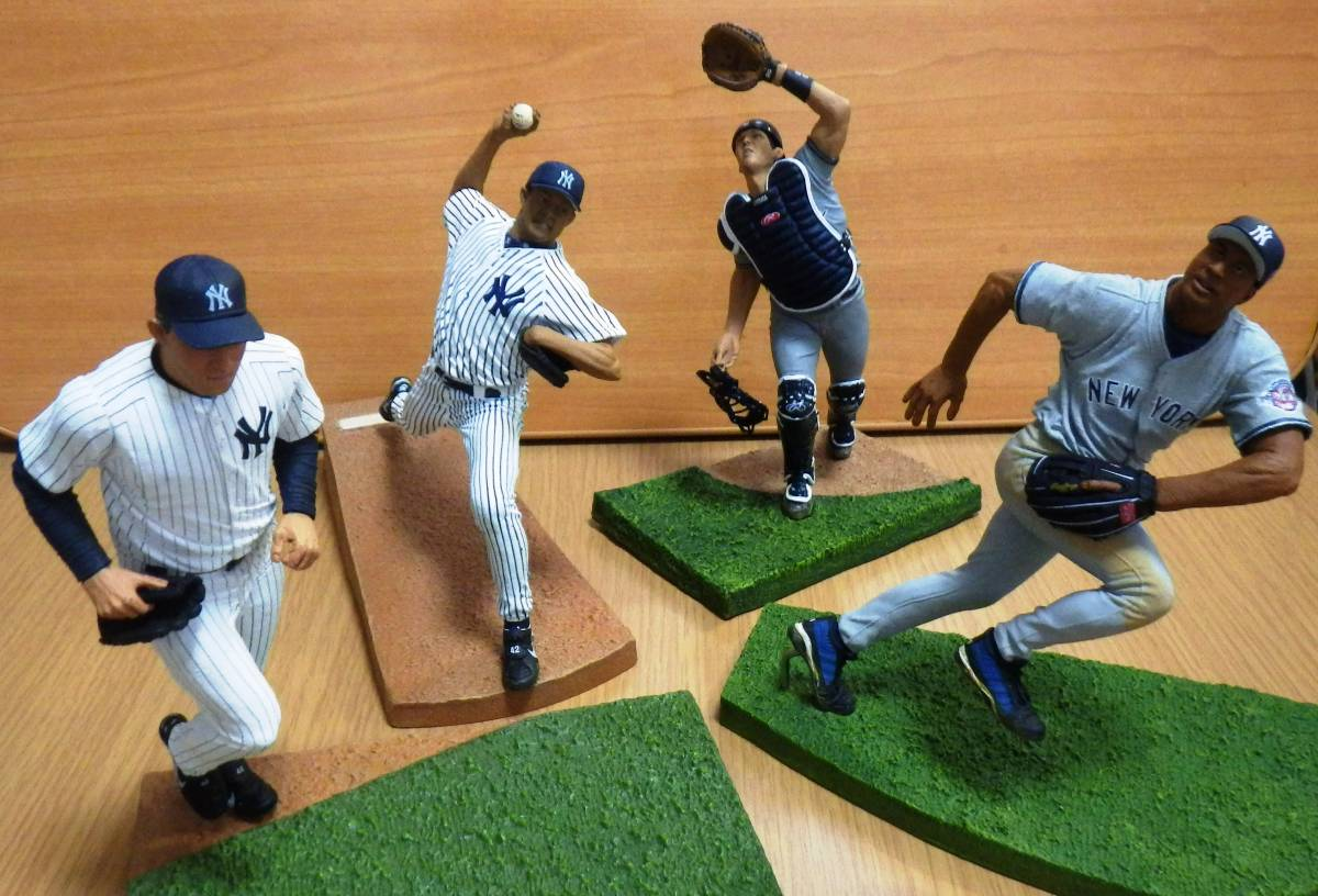マリアノ・リベラ ホルヘ・ポサダ バーニー・ウィリアムス マクファーレン フィギュア セット ヤンキース MLB イチロー 松井 グッズの画像