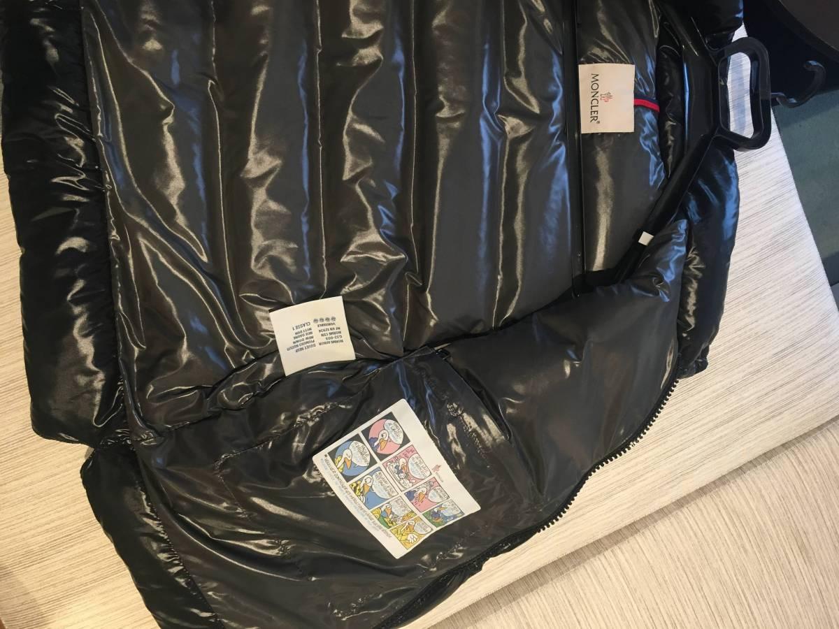 【超美品 外での使用なし】モンクレール TIB 黒 サイズ4 (海外正規店購入)_画像2