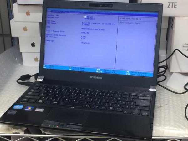 ジャンク TOSHIBA dynabook R732/38FB/Core i5-3210M/メモリ4GB/SSD無し/起動可/BIOS確認済み