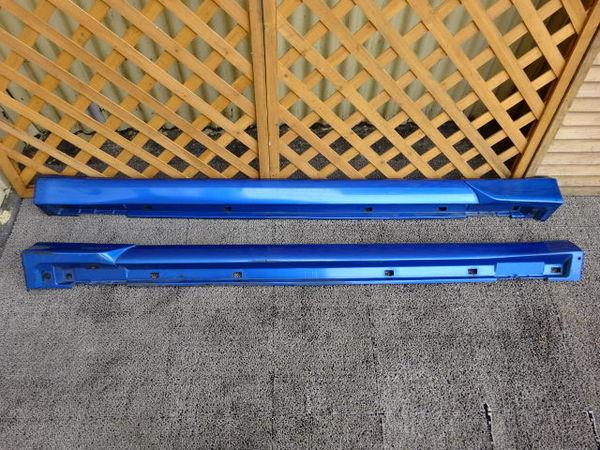 スバル純正 GDB インプレッサ 前期 A型 B型 サイドステップ サイドスカート 左右 ブルー エアロスプラッシュ付き_画像1