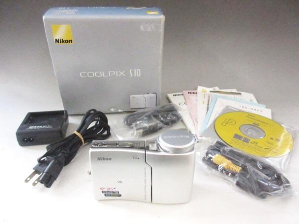 17/84-27♭ NIKON ニコン コンパクトデジタルカメラ COOLPIX S10 シルバー 箱付き