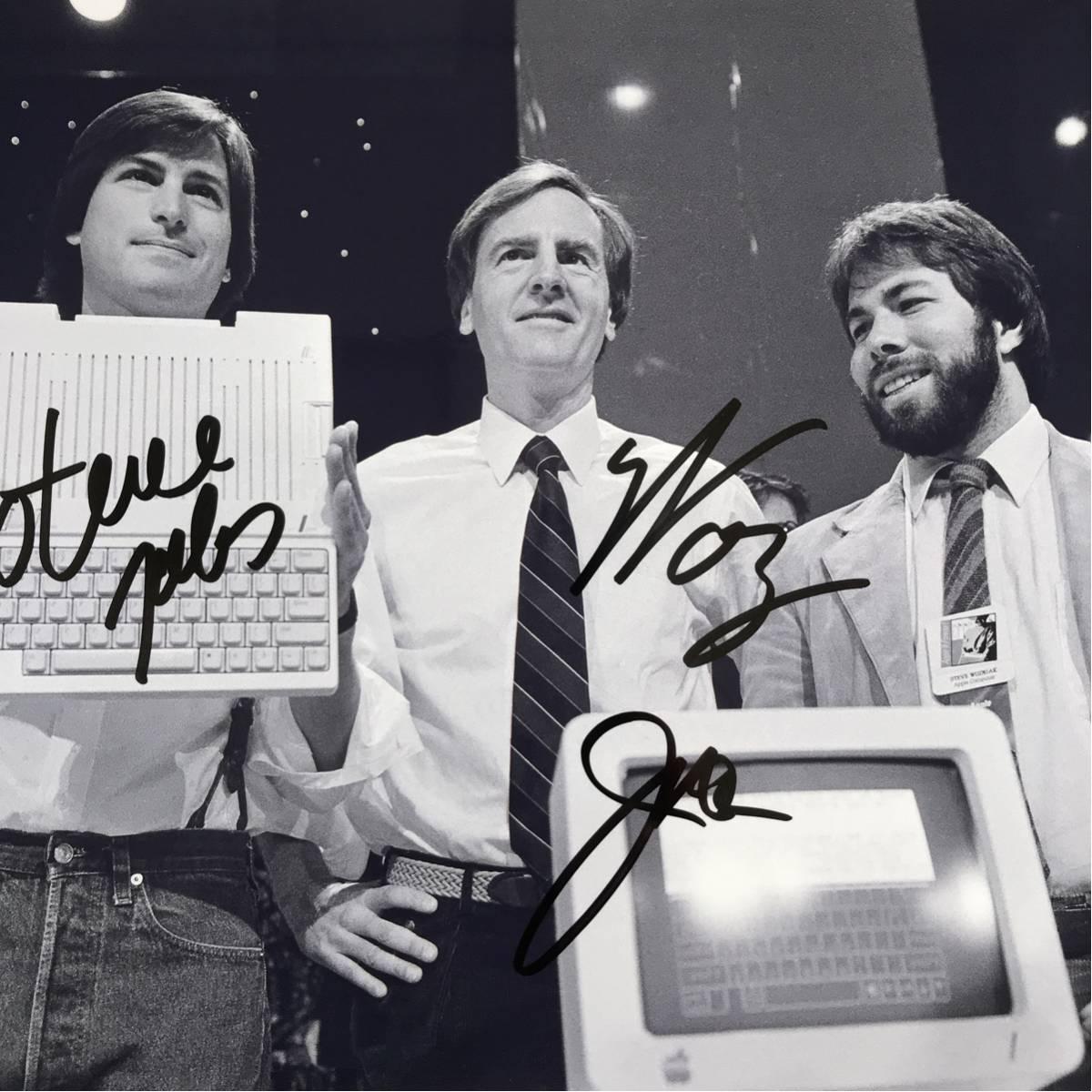スティーブ・ジョブズ、ジョン・スカリー、スティーブ・ウォズニアック直筆サイン入り写真