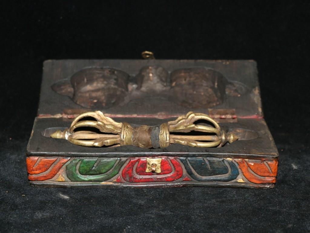 友人西蔵收集 銅製細作 九股降魔杵 金剛杵 法器 古仏具 木箱付