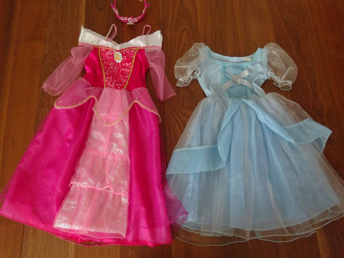 オーロラとシンデレラのコスプレ衣装2点セット オーロラのティアラつき100~110ディズニー ハロウィン ディズニーグッズの画像