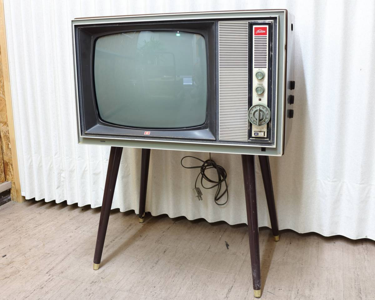Y/【レトロ】東芝 真空管テレビ 16RH 脚付き 現状にてジャンク