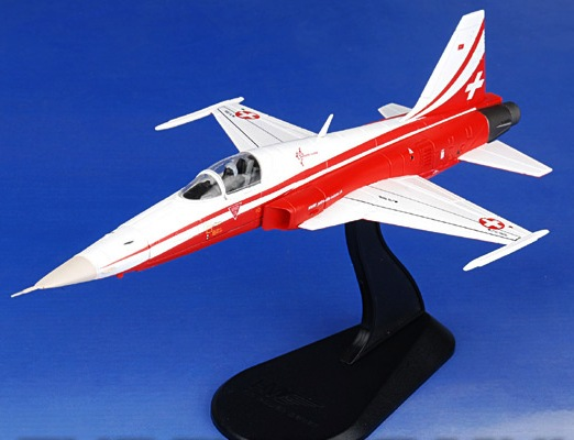 ■即決ホビーマスター 1/72【F-5E タイガー2 スイス空軍 パトルイユ・スイス・スペシャル_参考見本です
