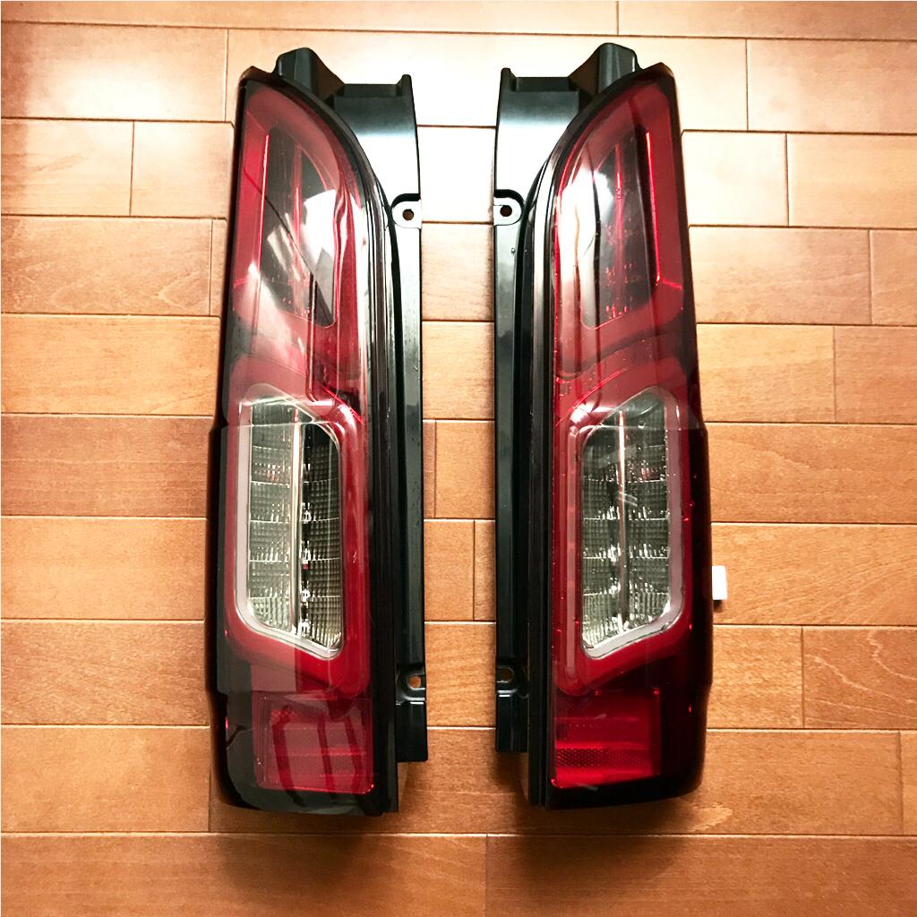 【難有】★ハイエース LED チューブテールランプ / 200系 COLIN/SHARK/シャーク レッドスモーク